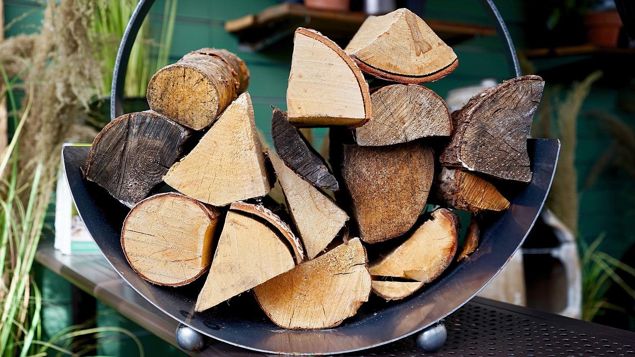 Economiser de l'énergie en se chauffant au bois